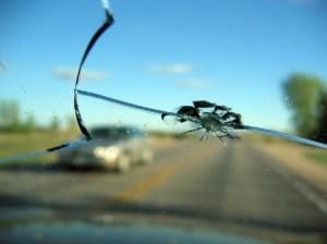 todo parabrisas venta,instalacion y reparacion,vidrios automotrices.